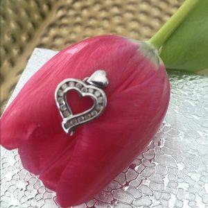 Jewelry - 14k White Gold w/17 Diamonds Heart Pendant